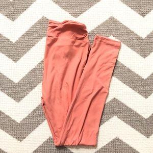 OS lularoe salmon pink leggings